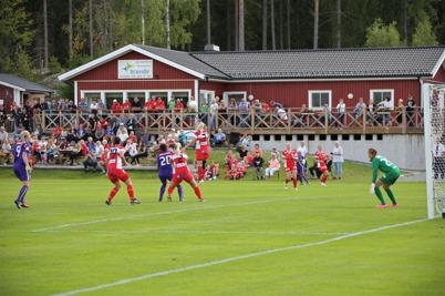 20 augusti 2016 - Tjejerna i Töcksfors IF gav Jitex rejält motstånd.