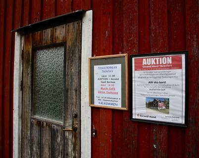 10 september 2016 - Pingstkyrkans Second Hand butik, som stängde tidigare under året, annonserade om en auktion där resterande lager skulle säljas.