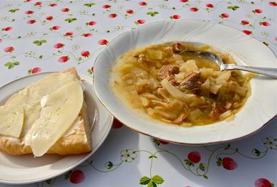 17 september 2016 - Höstmarknaden i Årjäng har även kålsoppa på menyn.