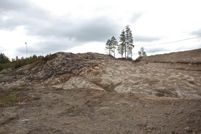21 september 2016 - Berget vid Hagavallen var klart för borrning och sprängning.