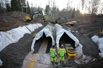 9 december 2016 - I Anunderud Östervallskog fortsatte arbetet med läggning av nya vägtrummor.