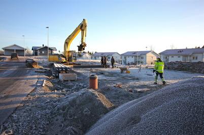 14 december 2016 - På Prästnäset började man anlägga grunderna till fem nya parhus.