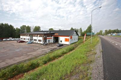 26 augusti 2016 - Företagshuset klart.