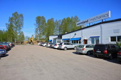 12 maj 2016 - wermland mechanics fortsatte att expandera på Skärmons industriområde i Töcksfors. Först skapade man fler parkerings-platser på gamla Folkets Hus tomten.