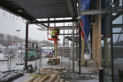 8 januari 2016 - Här byggs entrén till nya RUSTA butiken.
