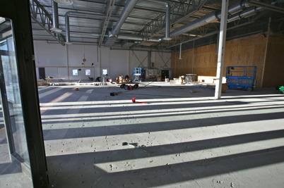 21 januari 2016 - Rivningen av gamla lokalerna där SOVA och Autoexperten fanns tidigare fortsätter, för att göra plats för ICA butiken.