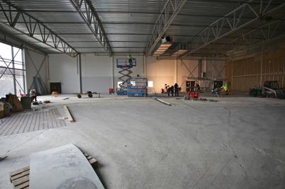 5 februari 2016 - Det rivs och byggs i Handelsparkens södra del, där ICA ska öppna hösten 2016.