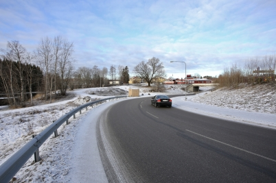 16 januari 2017 - Arbetet med nya trafiklösningen till och från  Älveruds-området var på gång.