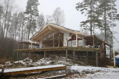 18 januari 2017 - I Sandviken fortskred arbetet med nya klubbstugan.