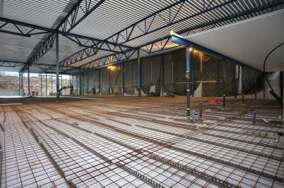 31 januari 2017 - Vid Flexit förberedde man för gjutning av golvet i nya fabrikshallen.
