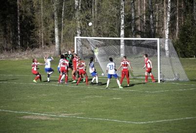 6 maj 2017 - Töcksfor IF:s seniorlag damer var igång med seriespelet i div 1 Norra Götaland.
