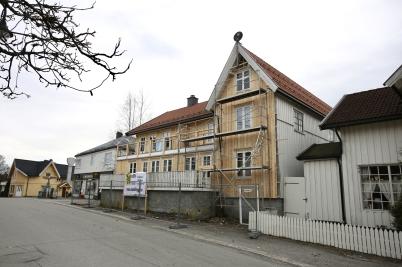 19 mars 2017 - I Örje renoverade man hus.