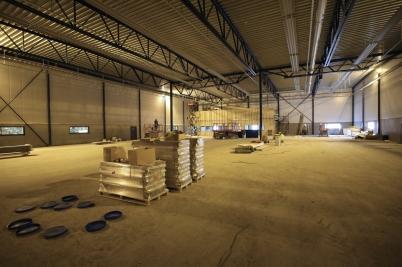 20 mars 2017 - Arbetet med nya fabrikshallen vid Flexit fortskred.