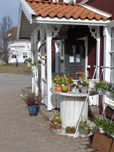 8 april 2017 - Och Blomsterboden dukade fram påskblommor.