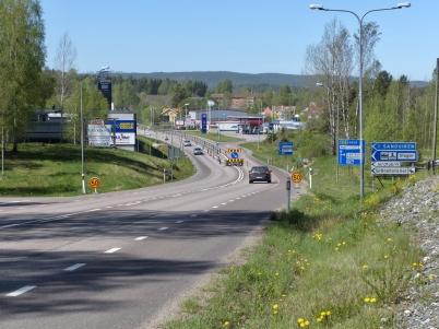 21 maj 2017 - I Töcksfors var hastigheten på E18 nersatt till 50 km, detta p g a arbetet med nya in- och utfarten till Älverud.