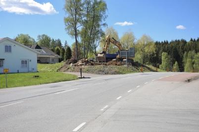 24 maj 2017 - På Älverudsområdet grävde man för ny väg.