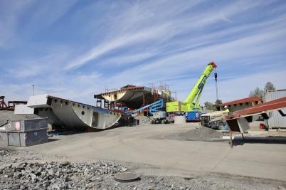 27 maj 2017 - Och i Örje fortsatte bygget av bron Norgesporten.