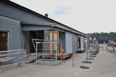 12 juni 2017 - En del av gamla coop-byggnaden revs för att skapa mer utrymme.
