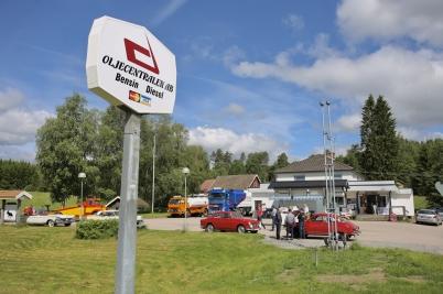 17 juni 2017 - Oljecentralen i Holmedal öppnade ny Bymack vid den nedlagda butiken i Hämnäs.