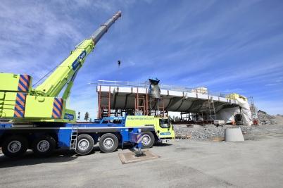 19 juni 2017 - I Örje fortsatte bygget av bron Norgesporten.