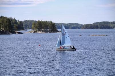 6 juli 2017 - Båtklubben arrangerade seglarskola.