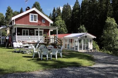 6 juli 2017 - På Parkvägen öppnade nya Selmas Café.