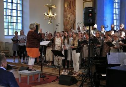 11 augusti 2017 - Årets upplaga av Allsköns Musik drog igång, vilket gav möjlighet att lyssna på olika sorters musik på scener runt omkring i Årjängs kommun under tre dagar.