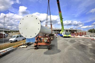 17 augusti 2017 - Och i Örje fortsatte arbetet med Norgesportens torn.