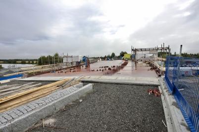 21 augusti 2017 - Och i Örje fortsatte bygget av bron Norgesporten.