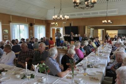 19 september 2017 - I Töcksfors församlingshem var det 11-träff med Sven-Ingvars musik.
