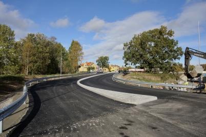 4 oktober 2017 - Vid Äverud färdigställdes nya in- och utfarten.