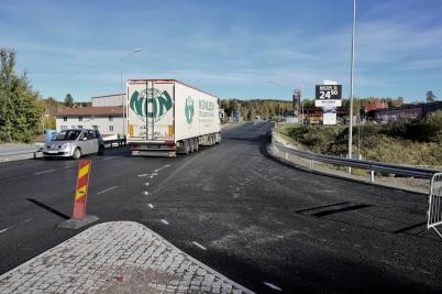 5 oktober 2017 - Nya utfarten vid Älverud färdigställdes.