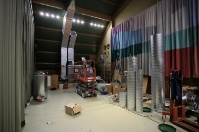 18 oktober 2017 - Och så byggde man om ventilationssystemet i sporthallen.