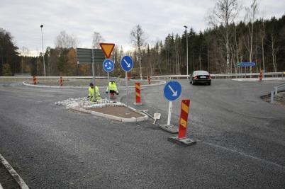 31 oktober 2017 - Vid Älverud fortsatte man att färdigställa nya vägarna.