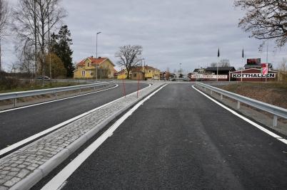31 oktober 2017 - Nya in- och utfarten till Älverud var klar att tas i bruk.