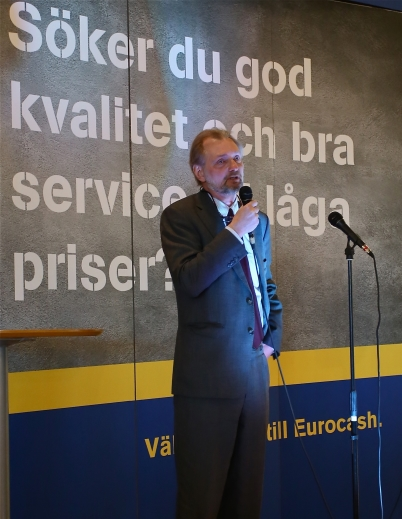 Axel Wernhoff, Sveriges ambassadör i Oslo, invigningstalade.