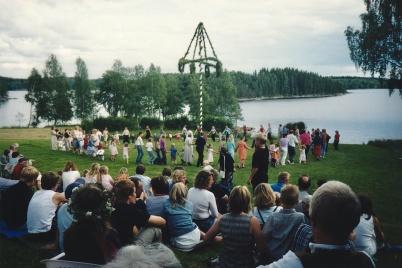 2002 - Midsommarfirande vid Mangsgården.
