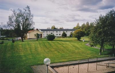 2002 - Ringsby´s villa skall rivas för att ge plats för nytt hyreshus.