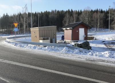 7 februari 2018 - Huset för  nya avlopps-pumpstationen vid Älverud stod på plats.