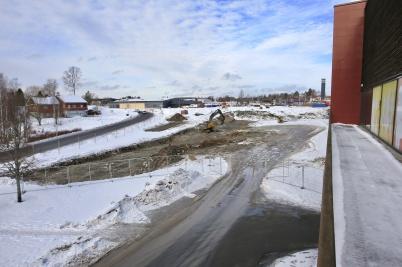 15 februari 2018 - Och vid Älverud grävdes det för nya shoppingcentret.