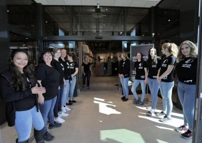 18 maj 2018 - Personalen hälsade alla välkomna in i nya Lager 157.