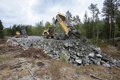 18 juni 2018 - Och så byggdes det väg från Kölen sportcenter till Högås vindkraftspark.