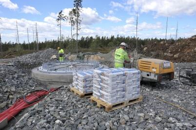 19 juni 2018 - Och på Joarknatten byggde man fundament.