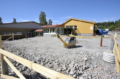 26 juni 2018 - Arbetet med om- och tillbyggnad av skolan fortskred.