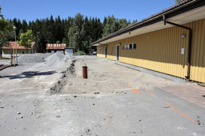 2 juli 2018 - Nya mellanstadieskolan får tillbyggnad innehållande ny entré.