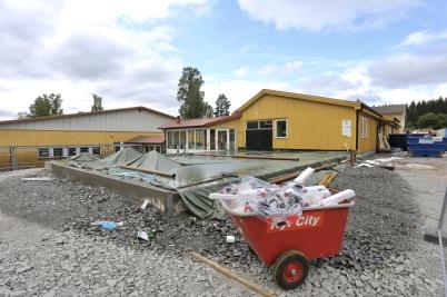 5 juli 2018 - Arbetet med om- och tillbyggnad av skolan gick framåt.