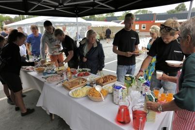 7 juli 2018 - Töcksmarksveckan 40-år - lördagen startade med Röda Korsets torgfrukost.