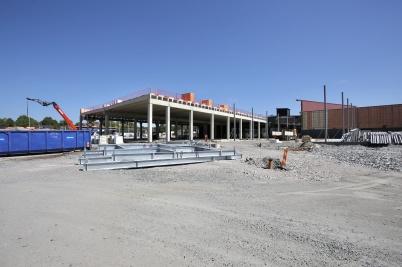 24 juli 2018 - Det var semesteruppehåll i arbetet med utbyggnaden av shopping-centret.