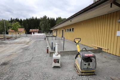 7 augusti 2018 - Grunden till mellan-stadieskolans nya entré stod näst i tur.