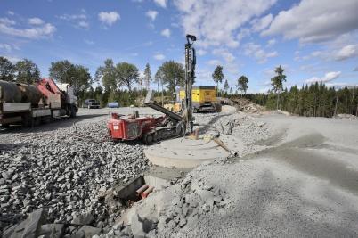 21 augusti 2018 - Och i Högås vindkraftspark byggde man fundament.